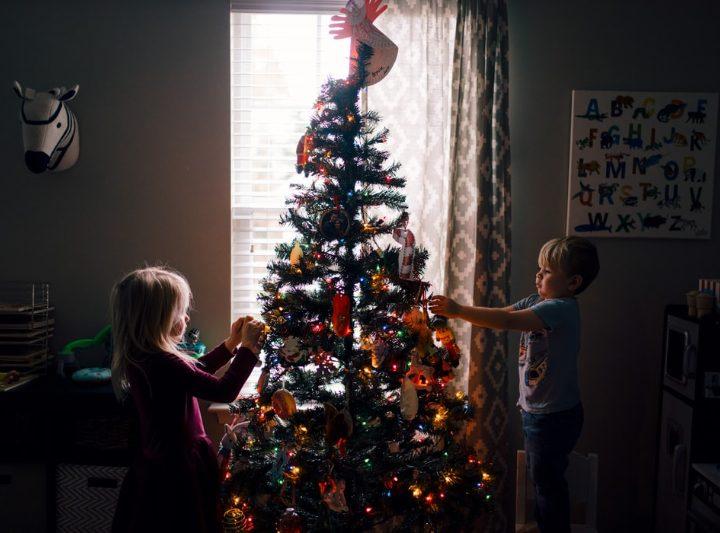 """Ako zabaviť deti na Vianoce? Adventné """"bojovky"""" pre malých dobrodruhov"""